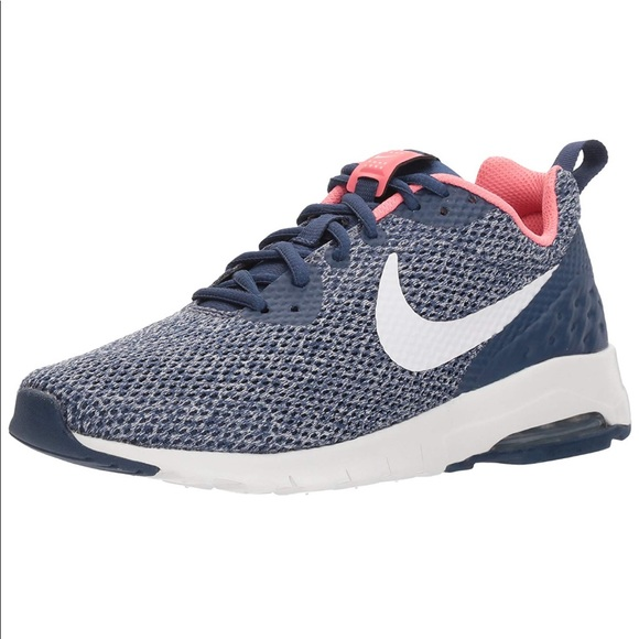 Women's Nike Air Max Motion Low Cross Trainer